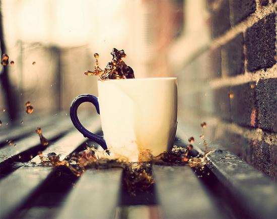Cà phê một mình và những nỗi nhớ