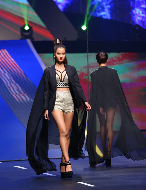 huong-ly-gianh-quan-quan-vietnams-next-top-model-2015-3