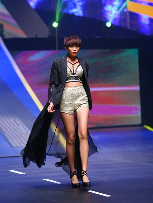 huong-ly-gianh-quan-quan-vietnams-next-top-model-2015-4