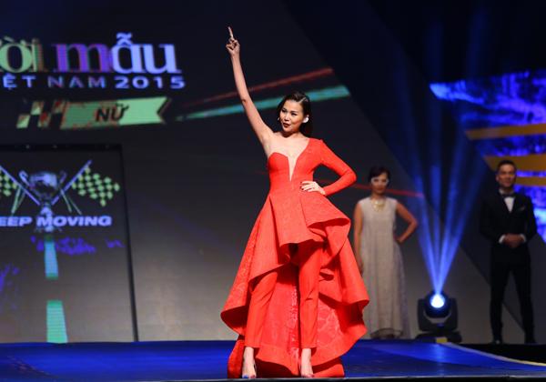 huong-ly-gianh-quan-quan-vietnams-next-top-model-2015-1