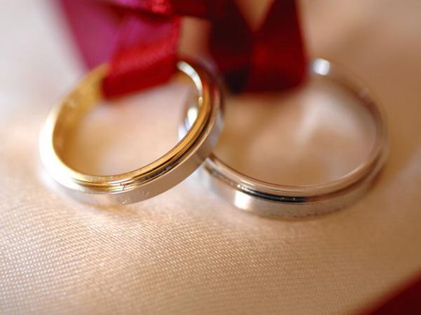 02-put-a-ring-on-it-7705-1444615240.jpg