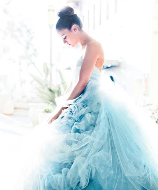 3 màu sắc váy cưới đẹp lãng mạn