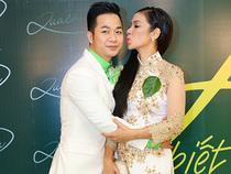 Việt Trinh thân mật ôm hôn Quách Tuấn Du