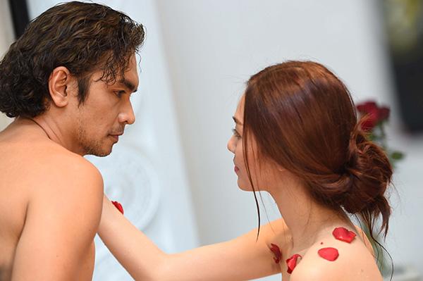 Phim của Việt Trinh bị dán nhãn 16+ vì nhiều cảnh nóng
