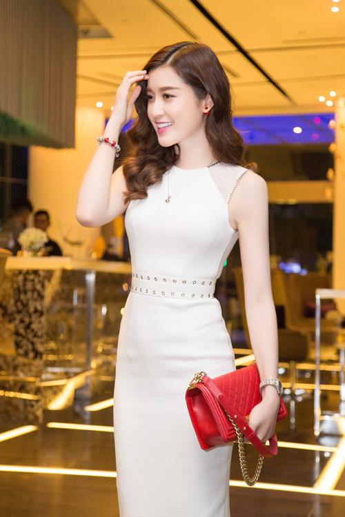 huyen-my-lan-ngoc-do-sac-tai-event-1