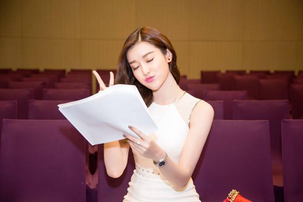 huyen-my-lan-ngoc-do-sac-tai-event-3