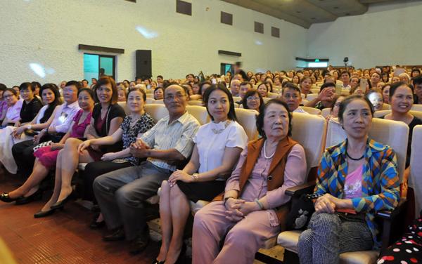 Cải lương phương Nam thu hút hàng nghìn khán giả Hải Phòng