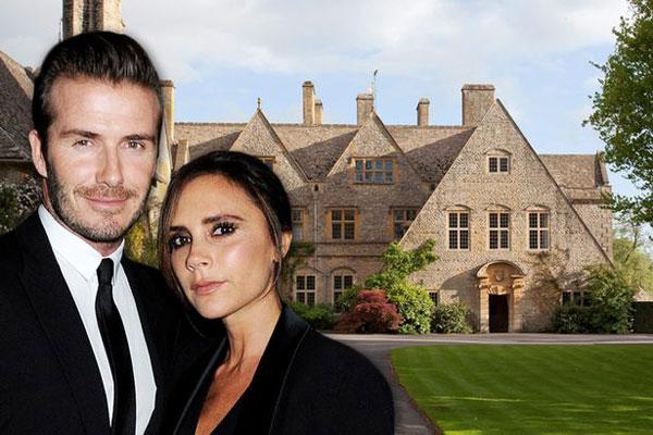 Vợ chồng Becks đang có ý định mua thêm một ngôi điền trang ở vùng quê, sau khi đã có biệt thự lộng lẫy ở trung tâm London.