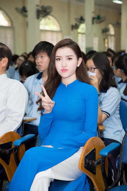 huyen-my-diu-dang-trong-ao-dai-4