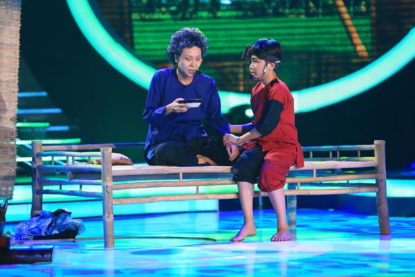 Gia Quý Khánh Ngọc hóa thân thành NSUT Thanh Sang với trích đoạn Bên cầu dệt lụa