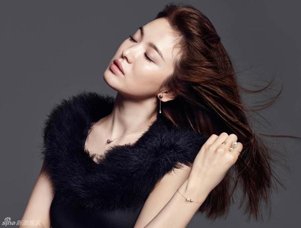 Song-Hye-Kyo-2-2077-1445939787.jpg
