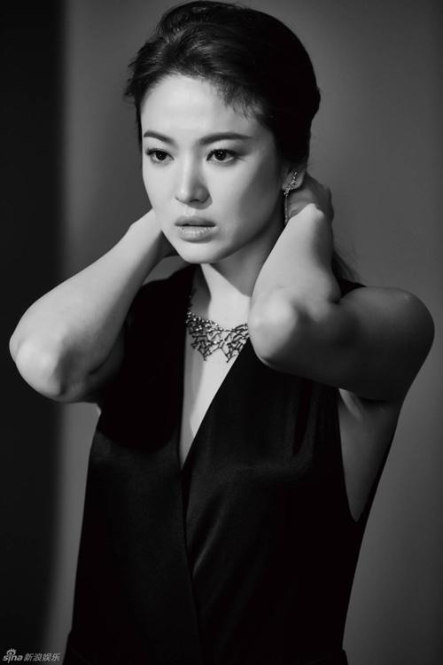 Song-Hye-Kyo-4-2920-1445939787.jpg