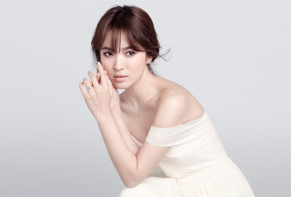 song-hye-kyo-17-4045-1445939788.jpg