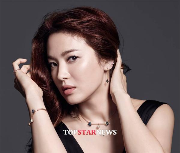 song-hye-kyo-18-1857-1445939787.jpg