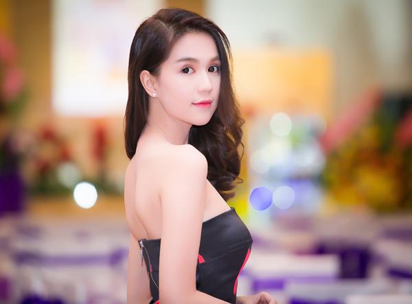 4-ngoc-trinh1-4046-1446215787.jpg