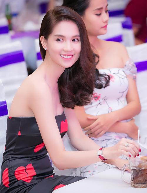 6-ngoc-trinh-4-8339-1446215788.jpg