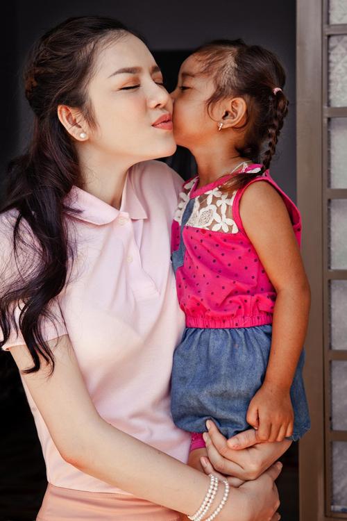ly-nha-ky-trao-nha-tinh-thuong-o-tay-nguyen-8
