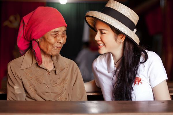 ly-nha-ky-trao-nha-tinh-thuong-o-tay-nguyen-11
