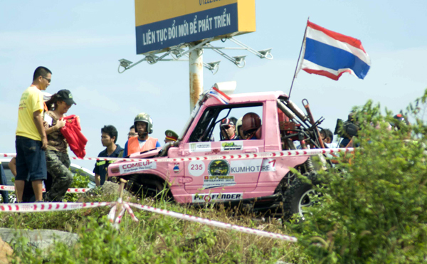 soi-dong-giai-dua-xe-dia-hinh-rfc-vietnam-2015-8