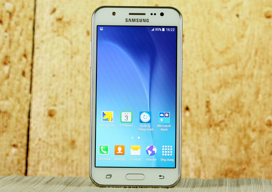 smartphone-thiet-ke-ca-tinh-gia-duoi-5-trieu-dong-1