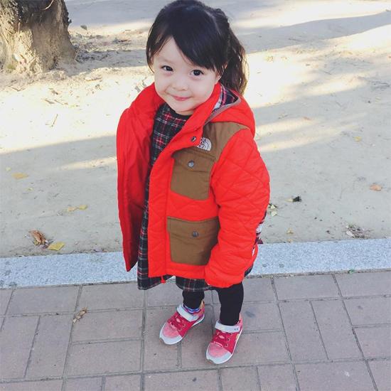 be-3-tuoi-tro-thanh-hien-tuong-tren-instagram-3