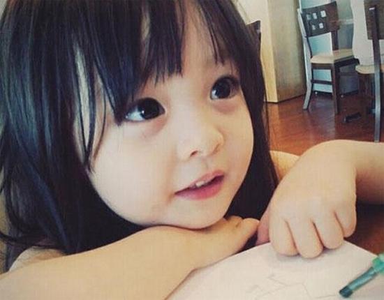 be-3-tuoi-tro-thanh-hien-tuong-tren-instagram-16
