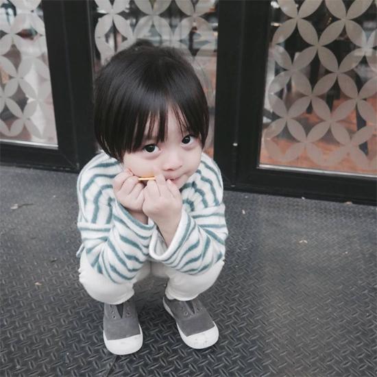 be-3-tuoi-tro-thanh-hien-tuong-tren-instagram-7