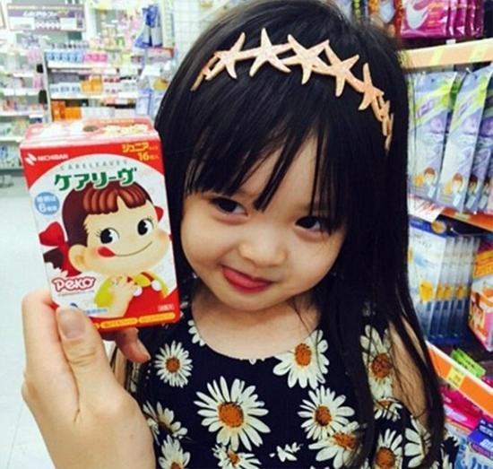 be-3-tuoi-tro-thanh-hien-tuong-tren-instagram-10