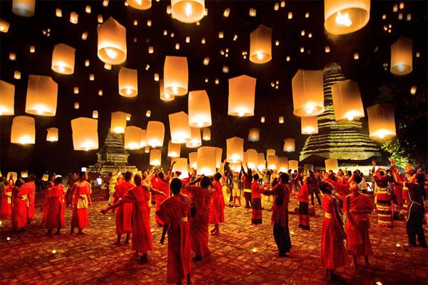 Cùng Trải Nghiệm Lễ Hội Thả Đèn Trời