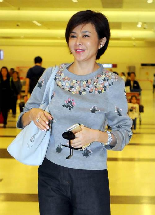 """Khi được hỏi chuyện tan vỡ, Chi Lâm nói: """"Chúng tôi chia tay, không phải ly dị""""."""
