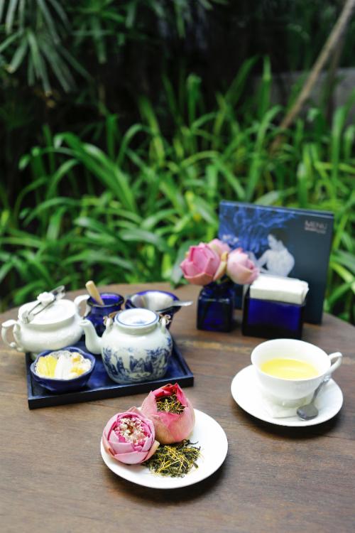tra-sen-tay-ho-thanh-nha-tai-khanhcasa-tea-house-3