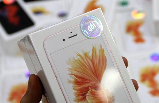Hàng nghìn iPhone 6S, 6S Plus chính hãng được đặt trước