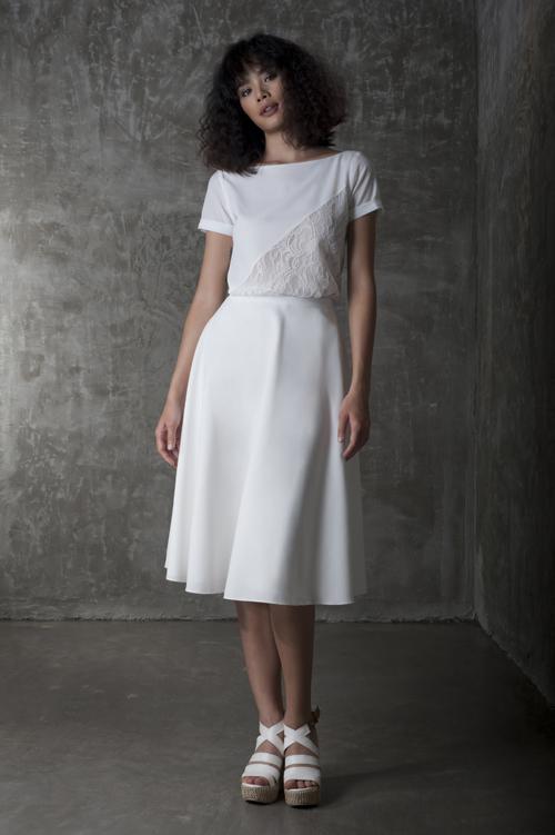 Mặc đẹp với xu hướng tối giản trong sắc trắng
