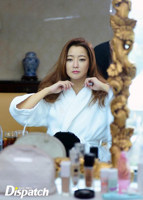 kim-hee-sun-lo-mat-moc-dep-khong-ty-vet-7
