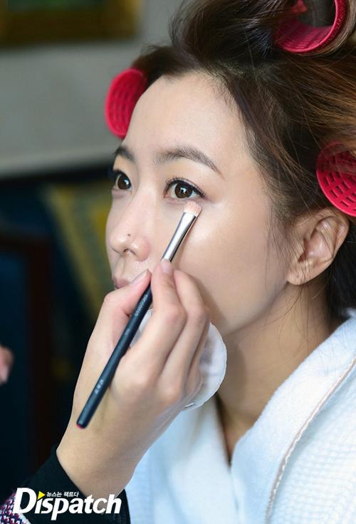 kim-hee-sun-lo-mat-moc-dep-khong-ty-vet-2