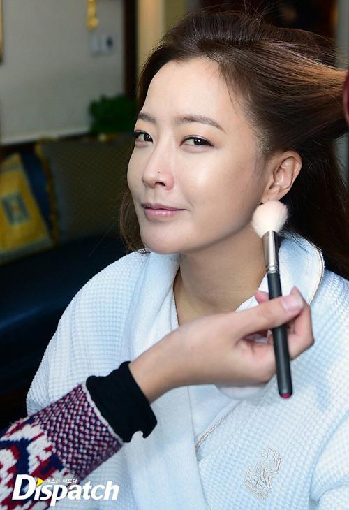 kim-hee-sun-lo-mat-moc-dep-khong-ty-vet-1