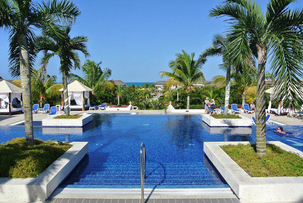 10-resort-tron-goi-tot-nhat-the-gioi-nam-2015-4