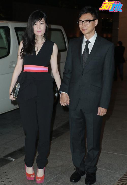Cặp đôi Châu Huệ Mẫn và nhà văn Nghê Chấn.