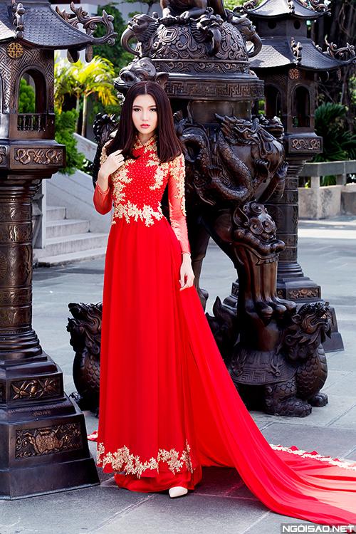 Mai Ka Ngọc Duyên rạng ngời diện áo dài cưới