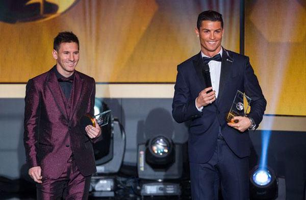 C. Ronaldo cho rằng kình địch Messi sẽ giành chiến thắng trong cuộc bầu chọn Quả bóng Vàng năm nay.