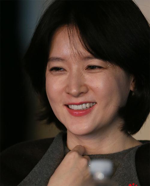 Vẻ đẹp 'mộc' của 7 mỹ nhân không dao kéo xứ Hàn