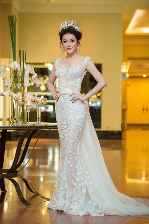 Mỹ nhân Việt mặc đẹp nhất tuần(T2-T11)