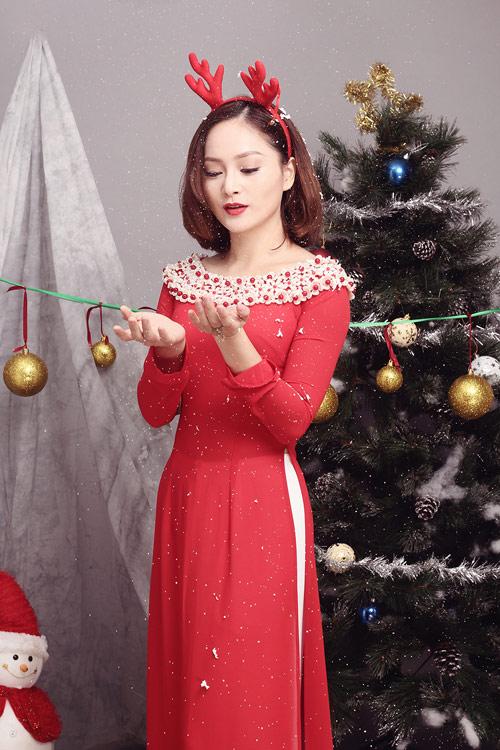 lan-phuong-ruc-ro-ao-dai-don-giang-sinh-1