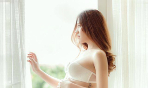 Hot girl Lee Balan đã sinh con và làm mẹ đơn thân