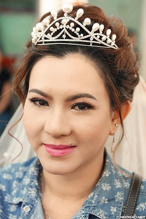 makeup-khac-phuc-da-xau-cho-co-dau-tren-40-tuoi-12