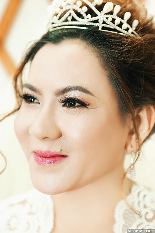makeup-khac-phuc-da-xau-cho-co-dau-tren-40-tuoi-13