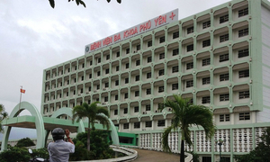 Bệnh nhân chết bí ẩn ở cầu thang bệnh viện