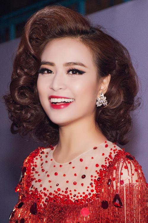 10-my-nhan-trang-diem-dam-ma-khong-gia-3