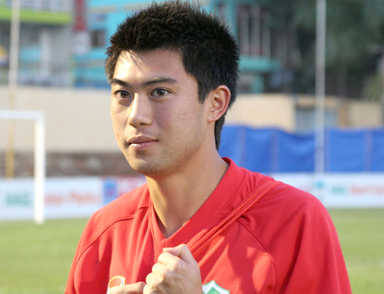 lee-nguyen-va-ba-can-luc-tro-lai-v-league