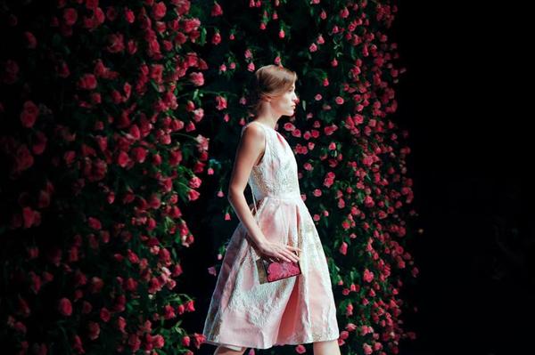 thoi-trang-viet-2015-nhon-nhip-fashion-show-5